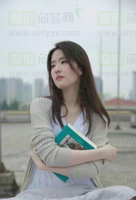 刘亦菲清纯照曝光,肌肤白白嫩嫩的好羡慕